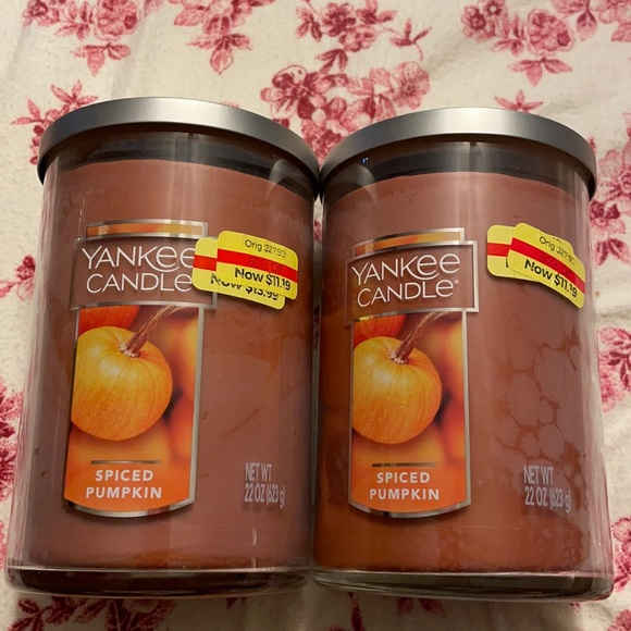 2 Yankee Candle Spiced Pumpkin Candles